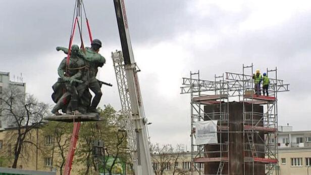 Pomnik zdemontowano i wyremontowano TVN 24