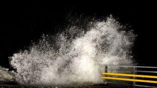 Prognoza pogodowych zagrożeń. Silny wiatr może powrócić do Polski