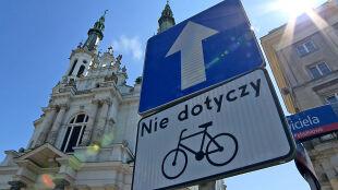 Rowerem pod prąd. Nowe przepisy dla rowerzystów